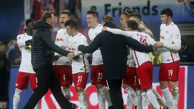RB Leipzig v FC Schalke 04 - Bundesliga