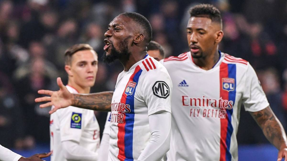 Boatengs Lyon stoppt Monaco - Debüt für Pollersbeck