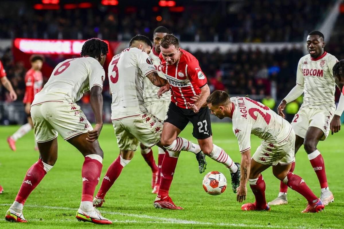 AS Monaco gewinnt in der letzten Minute bei PSV Eindhoven. Jerome Boateng feiert mit Olympique Lyon den dritten Erfolg im dritten Spiel.