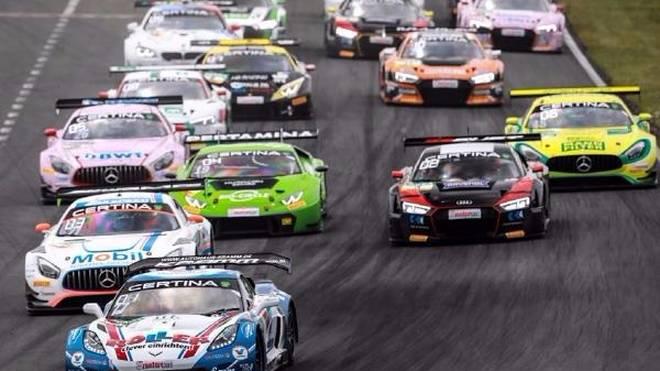 Heimsieg bei der Corvette-Premiere für Renger van der Zande
