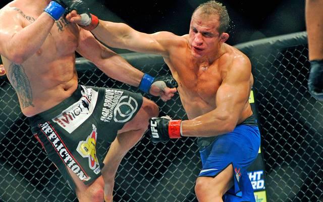 Der brasilianische Schwergewichtler Junior Dos Santos gewann in Zagreb den Hauptkampf gegen Ben Rothwell
