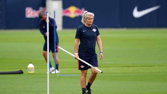 Im Sommer 2019 hospitiert Imke Wübbenhorst bei RB-Leipzig-Coach Julian Nagelsmann