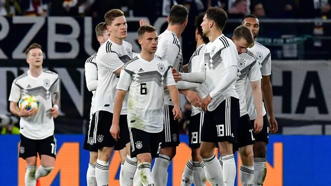 FIFA-Weltrangliste: DFB-Team nur noch auf Platz 15, Belgien bleibt vorne, Die deutsche Nationalmannschaft verliert in der FIFA-Weltrangliste vier Plätze