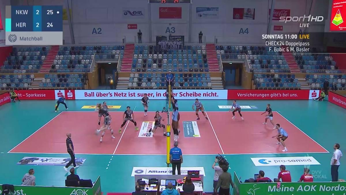 Was für ein Spiel: Die Netzhoppers KW-Bestensee schlagen die WWK Volleys Herrsching nach einem irren Tie-Break.