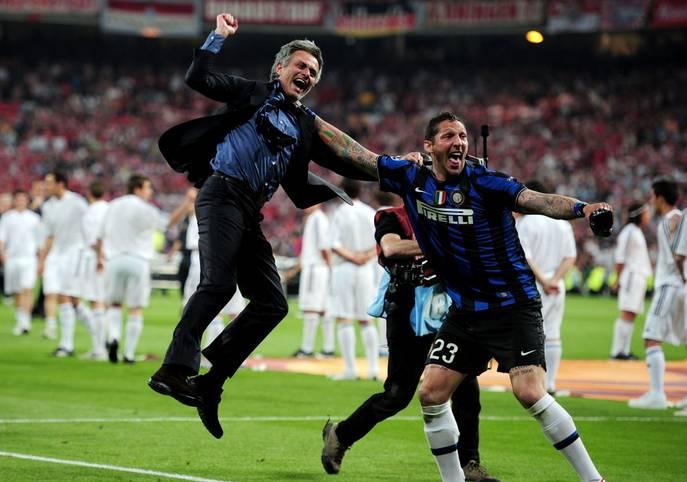 Er ist einer der erfolgreichsten Trainer der vergangenen 20 Jahre und gewann unter anderem zweimal die Champions League. José Mourinho gilt als extrovertiert, launisch - und ist doch einer der besten seiner Zunft