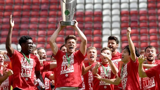 Der zweite Mannschaft des FC Bayern verlängert mit drei Spielern