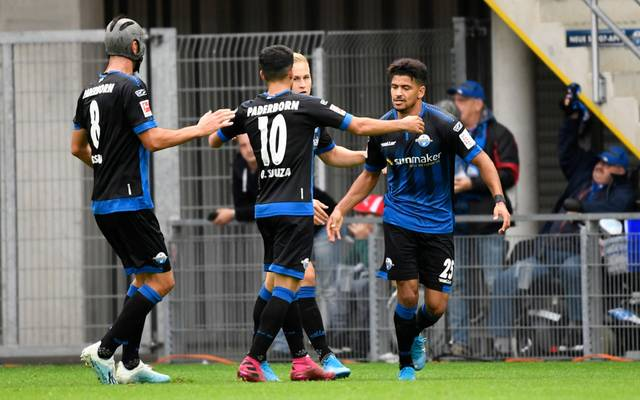 Der SC Paderborn hat dank Kai Pröger (2.v.r.) einen Testspielsieg gefeiert