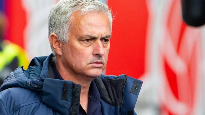 José Mourinho sieht harte Wochen auf den Klub zukommen