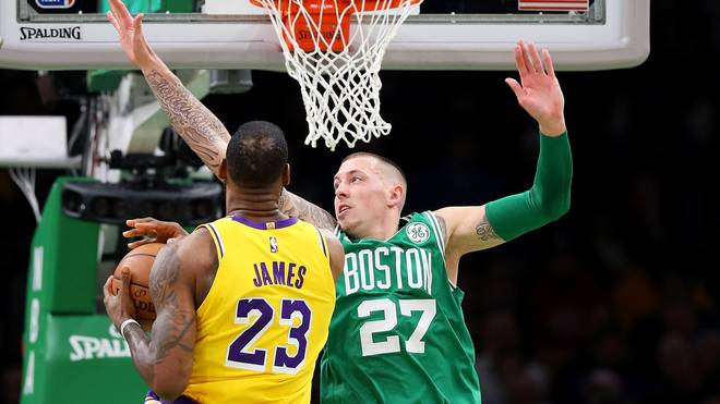 Daniel Theis und die Boston Celtics bekamen es mit LeBron James zu tun