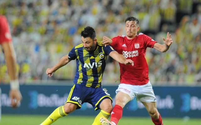 Tolgay Arslan (l.) spielt künftig für Udinese Calcio