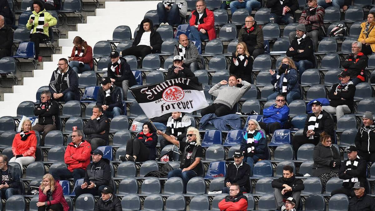 Eintracht Frankfurt möchte wieder mehr Fans ins Stadion lassen
