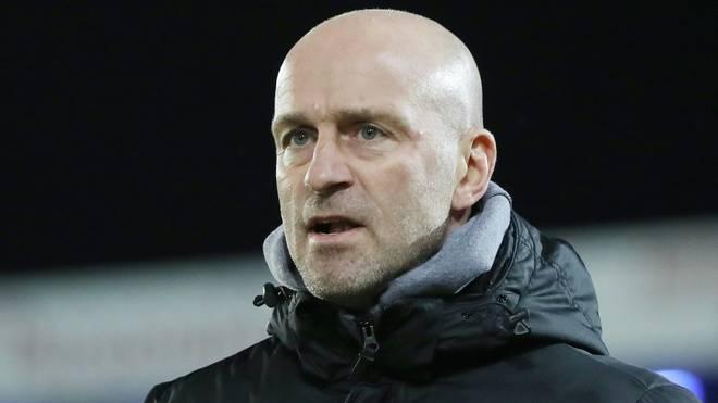 Marco Antwerpen befördert Zimmer zum Kapitän