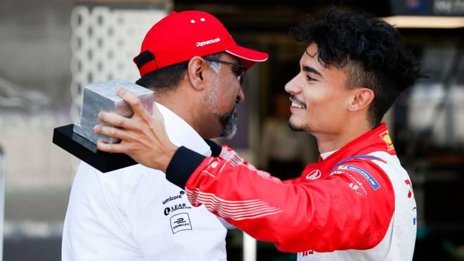 Pascal Wehrlein (r.) kehrt dem Formel-E-Rennstall Mahindra Racing den Rücken zu