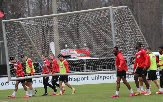 Der 1. FC Köln muss seinen Trainingsbetrieb am Mittwoch einstellen