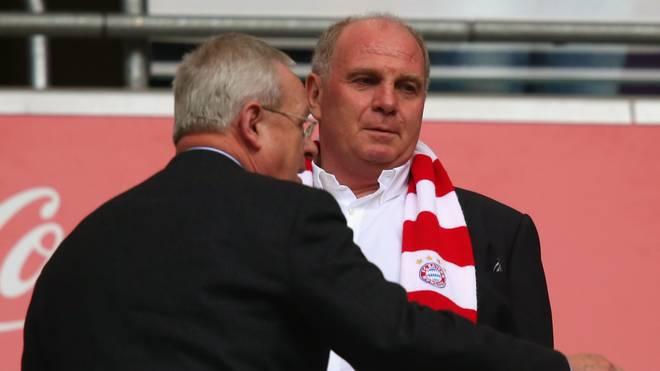 Uli Hoeneß bleibt Vorsitzender des Aufsichtsrates der Bayern München AG, Martin Winterkorn verließ das Gremium