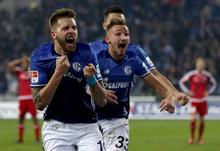 Am ersten Bundesliga-Spieltag 2017 kamen sieben Winterneuverpflichtungen zum Einsatz. Zwei davon setzten sich gleich entscheidend in Szene. SPORT1 gibt ein erstes Urteil ab.