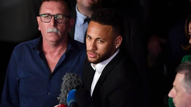 Brasiliens Superstar Neymar steht seit 2017 bei PSG in der Ligue 1 unter Vertrag