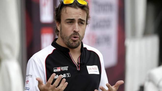 """Fernando Alonso fährt in Sebring """"nur"""" das WEC-Rennen, freut sich aber für alle"""