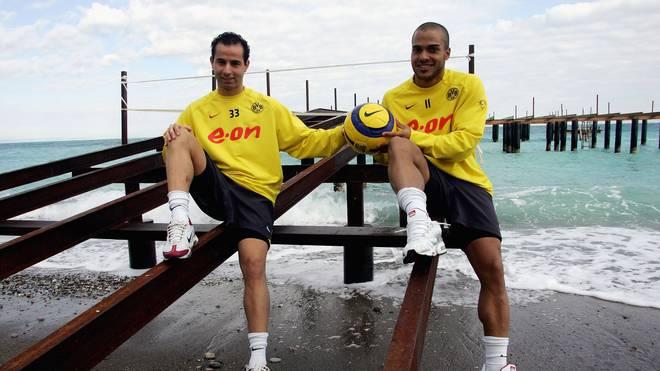 Salvatore Gambino (l.,mit David Odonkor) lief in seiner Karriere 45 Mal in der Bundesliga für den BVB auf