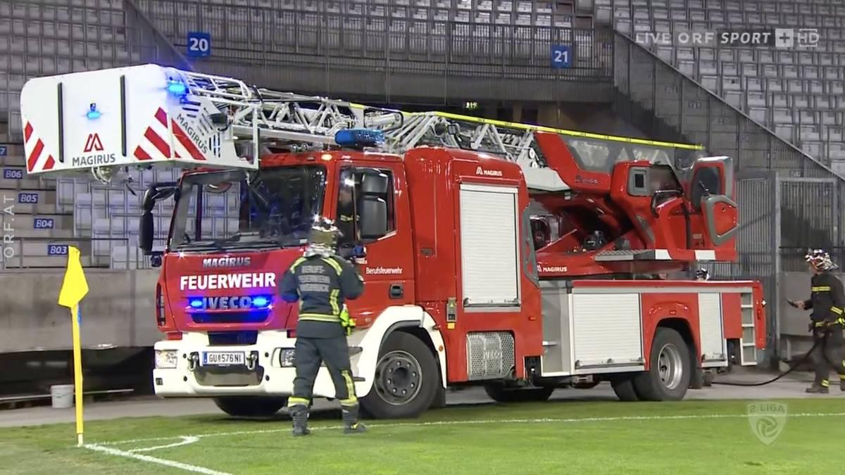 Vogelnest in Flammen! Pyro verursacht Stadion-Brand