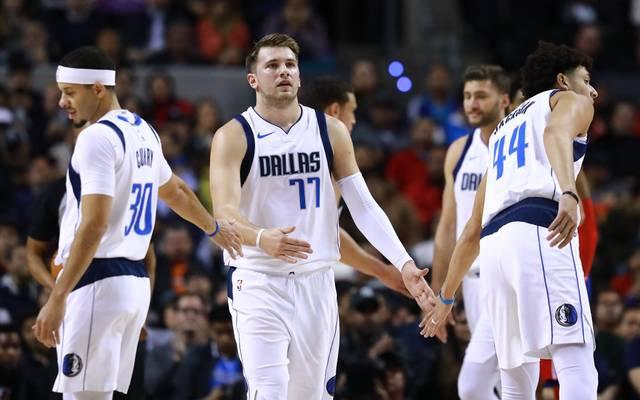 Die Dallas Mavericks können auf den wieder genesenen Luka Doncic (M.) zurückgreifen