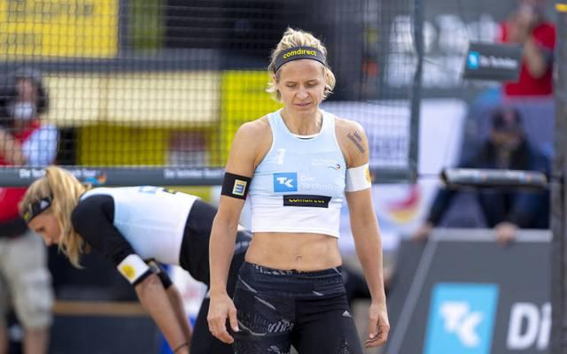 Auch die Beachvolleyball-Profis Laura Ludwig (vorn) und Margareta Kozuch müssen sich mit den Auswirkungen des neuerlichen Lockdowns arrangieren