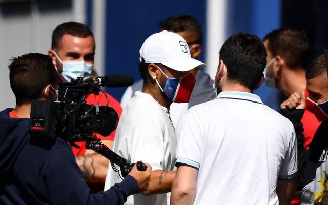 Neymar (M.) war beim Training von PSG dabei
