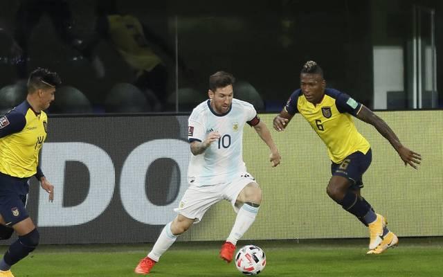 Lionel Messi (mi.) baut seinen Vorsprung als Rekordtorschütze Argentiniens weiter aus