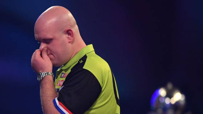 LONDON, ENGLAND - DECEMBER 31:  Michael Van Gerwen looks dejected during the Final of the 2020 William Hill World Darts Championship between Peter Wright and Michael Van Gerwen at Alexandra Palace on December 31, 2019 in London, England. (Photo by Alex Davidson/Getty Images)