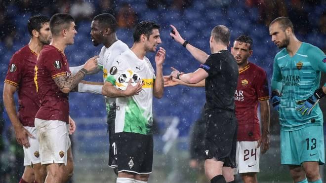 Borussia Mönchengladbach siegt nach umstrittenem Elfmeter