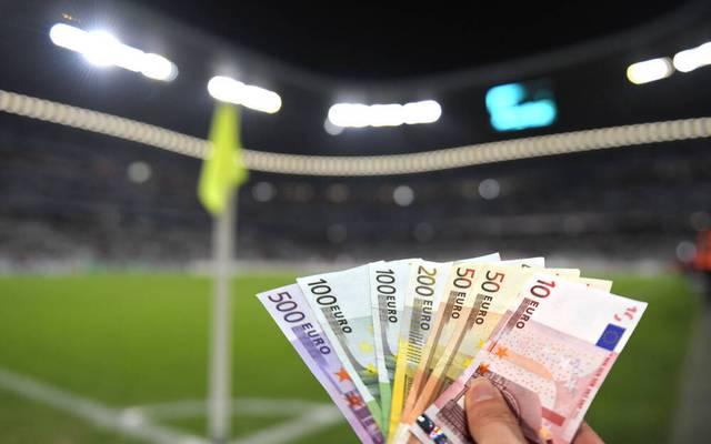Im Profifußball geht es um viel Geld