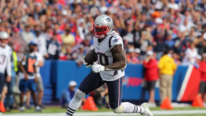ORCHARD PARK, NY - SEPTEMBER 29:  Josh Gordon #10 of the New England Patriots runs the ball after making a catch during the second half against the Buffalo Bills at New Era Field on September 29, 2019 in Orchard Park, New York.  Patriots beat the Bills 16 to 10. (Photo by Timothy T Ludwig/Getty Images)