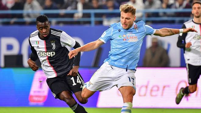 Lazio's Italian forward Ciro Immobile attempts a shot as he is marked by Juventus' French midfielder Blaise Matuidi (L) during the Supercoppa Italiana final football match between Juventus and Lazio at the King Saud University Stadium in the Saudi capital Riyadh on December 22, 2019. (Photo by GIUSEPPE CACACE / AFP) (Photo by GIUSEPPE CACACE/AFP via Getty Images)