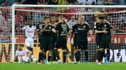 Borussia Dortmund jubelt gegen den 1. FC Köln