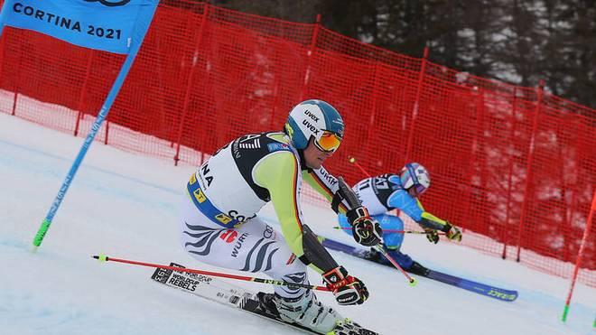 Alexander Schmid (vorn) verpasste beim umstrittenen  Parallel-Rennen bei der Ski-WM knapp Bronze