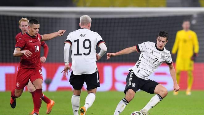 Philipp Max bereitete das Siegtor vor, Florian Neuhaus gefiel im Mittelfeld