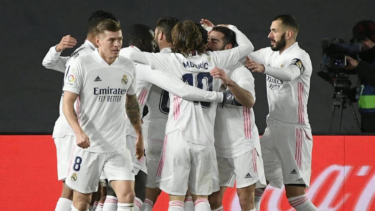 Spitzenreiter! Real zieht an Atlético vorbei