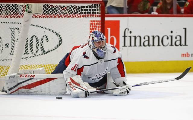 Philipp Grubauer hütet das Tor der Washington Capitals  in der NHL