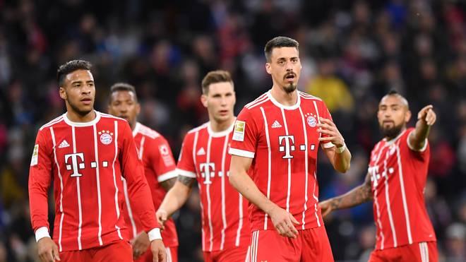 Sandro Wagner (2.v.r.) muss womöglich gegen Leverkusen gleich von Beginn an eingreifen