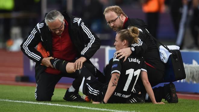 Simone Laudehr musste verletzt ausgewechselt werden