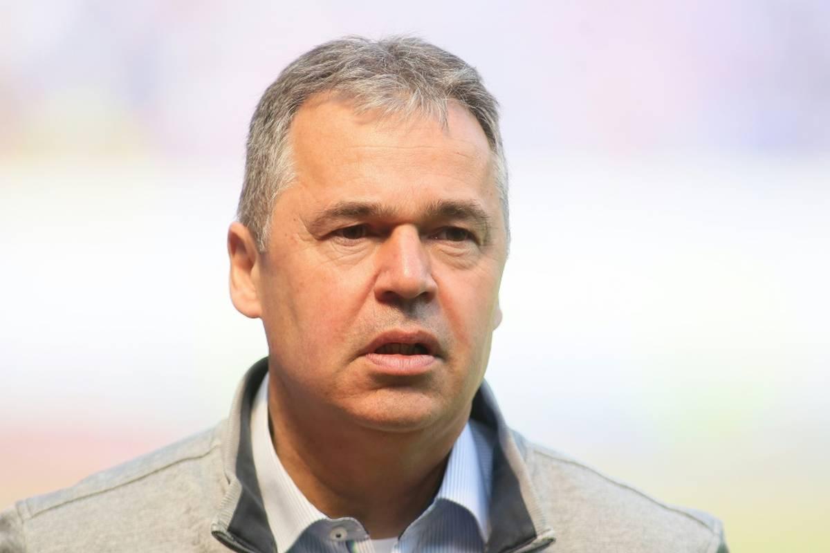 """Der ehemalige DFL-Geschäftsführer Andreas Rettig sieht ein """"ruinöses Wettrennen"""" auf dem Transfermarkt. Die Bayern klammert er aus."""
