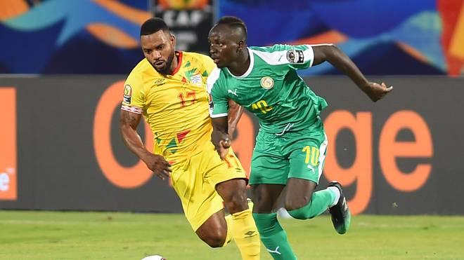Sadio Mane (r.) steht mit Senegal im Finale des Afrika Cups