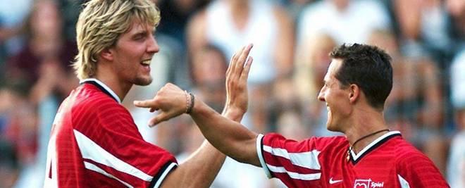 2001 kickten Dirk Nowitzki und Michael Schumacher gemeinsam bei einem Benefizspiel