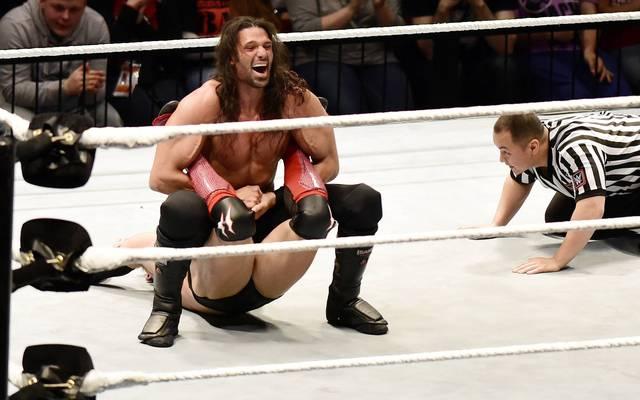WWE suspendiert Adam Rose (im Bild in einem Kampf gegen Finn Balor) und Konnor wegen Dopings