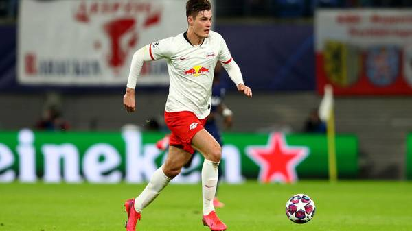 LEIPZIG, GERMANY - MARCH 10: Patrik Schick of Leipzig runs with the ball during the UEFA Champions League round of 16 second leg match between RB Leipzig and Tottenham Hotspur at Red Bull Arena on March 10, 2020 in Leipzig, Germany. (Photo by Martin Rose/Bongarts/Getty Images)