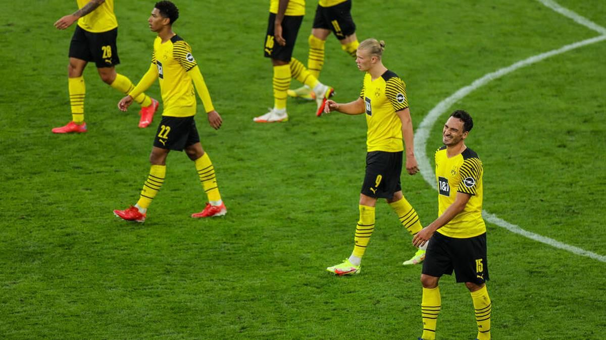 Der BVB steht aktuell für Torspektakel - aber auch für ein Abwehr die wenig sattelfest ist. Woran liegt das - und wie kann sich Borussia Dortmund defensiv verbessern?