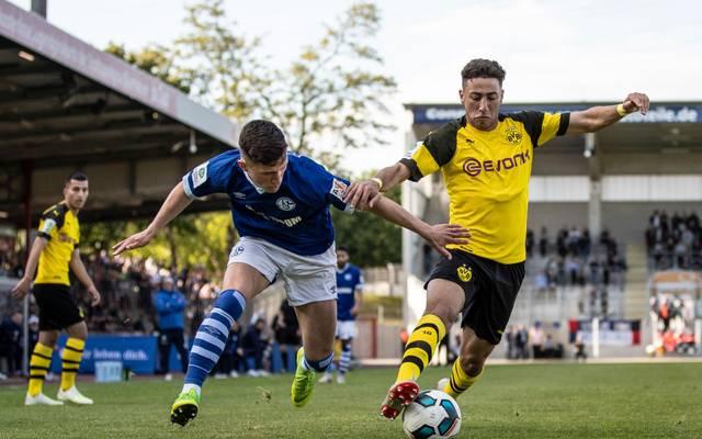 Alaa Bakir im Duell mit Schalkes Jan Eric Hempel