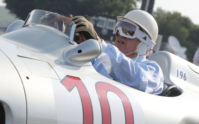 Stirling Moss griff auch im hohen Alter noch ins Lenkrad