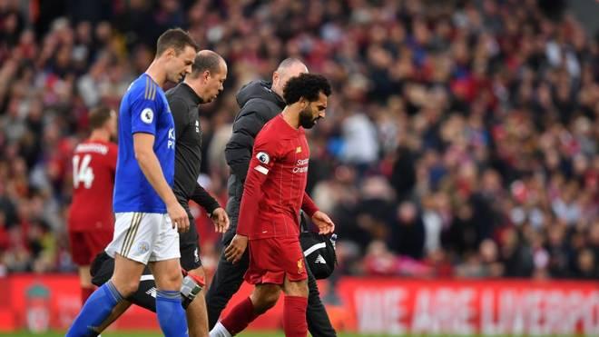 Mohamed Salah (r.) verletzte sich gegen Leicester City am Knöchel