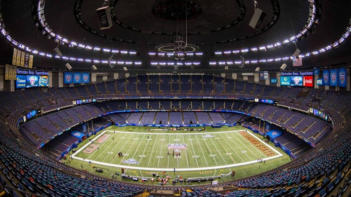 Schock! Dach von NFL-Tempel fängt Feuer